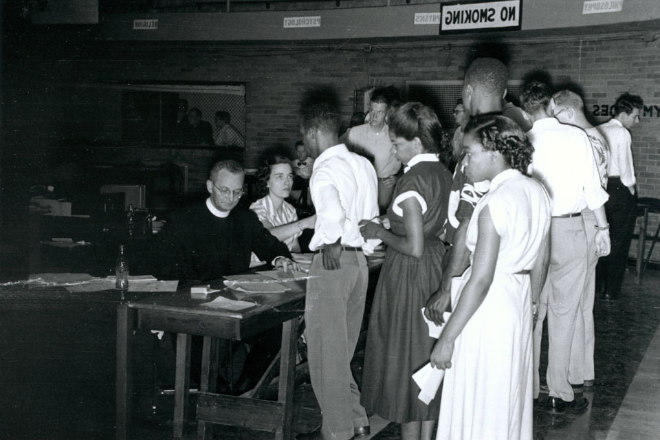 Students registering for classes in 1951 at SLU